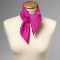 Foulard en soie rose fuchsia