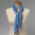 Foulard bleu clair
