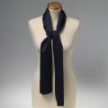 Foulard en polyester bleu foncé