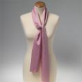 Foulard en polyester rose clair